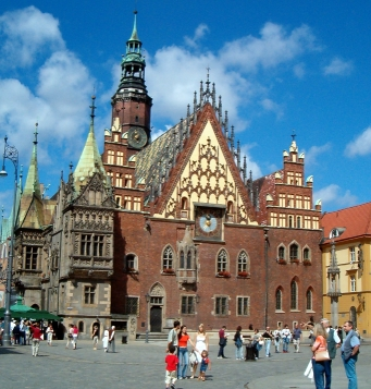 Wroclaw_town_hall__full_viewkl